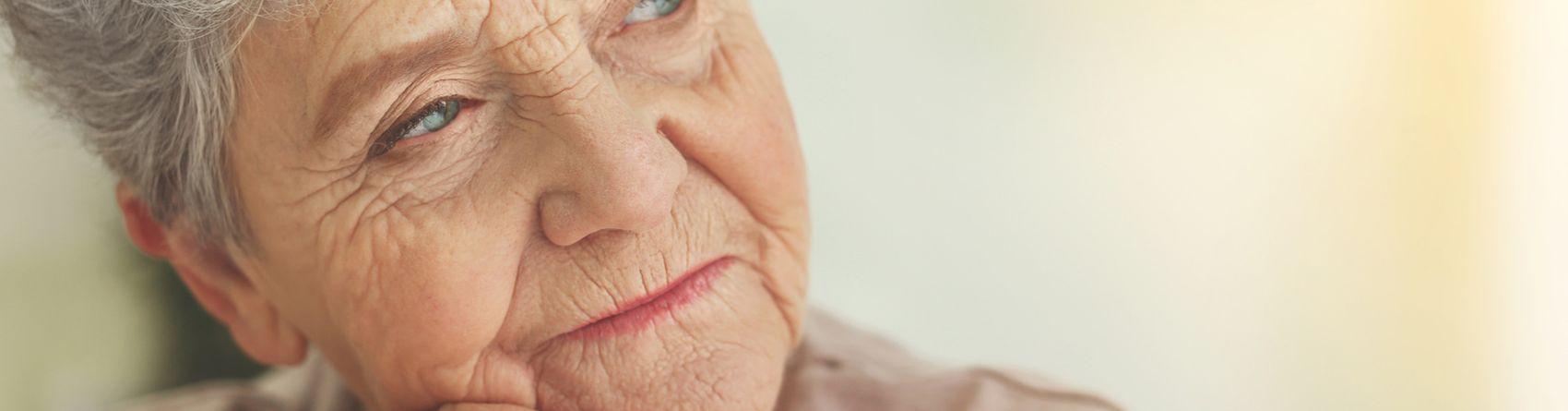 Ältere Menschen zu Hause pflegen